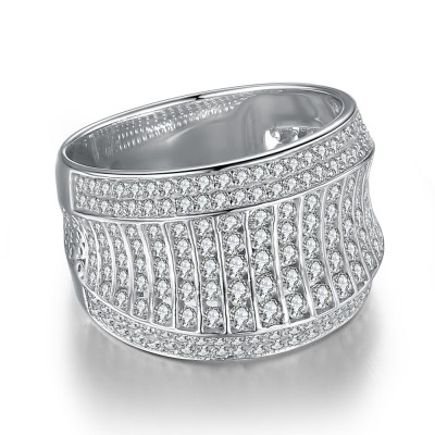 Incredible Round Cut White Sapphire 925 Sterling Silver Women's Wedding Band