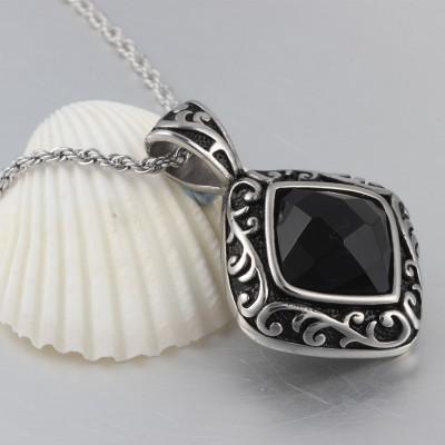Nice Black Gemstone 925 Sterling Silver Necklace