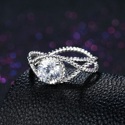 Round Cut White Sapphire Twist S925 Silver Engagement Rings